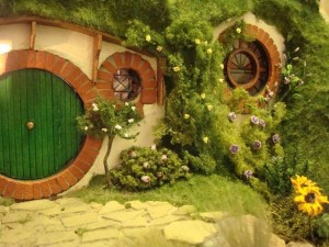 Bag End hobbit hole from The Lord of the Rings movies http://lotr.wikia.com
